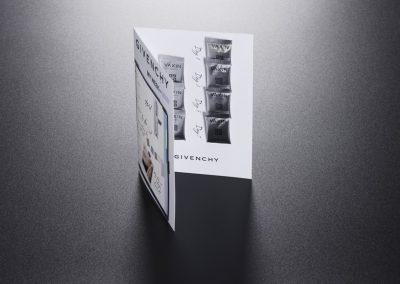 carte-echantillon- avec-depose-de- sachet-martinenq-3